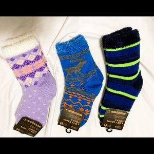 NWT 3 pairs Cozy cabin socks size youth